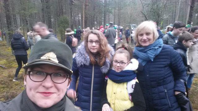 """""""Jaunieji daujotukai"""" – akcijos """"Paukščiai grįžta namo 2017"""" dalyviai"""