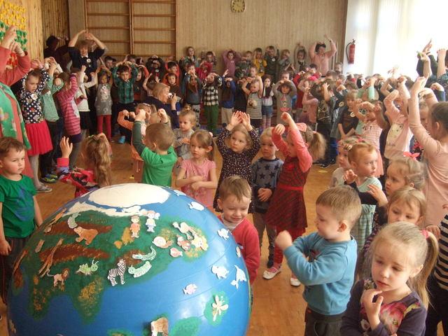 """Projektas """"Mylime tave, Žeme, ir džiaugiamės būdami tavo vaikais"""""""