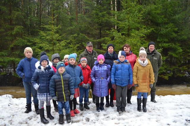 Kretingos raj. Grūšlaukės mokyklos mokinių išvyka į Peldžių mišką