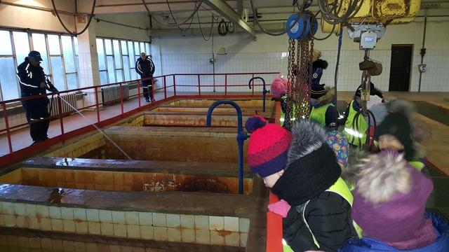 """Mažeikių darželio """"Eglutė""""  vaikų edukacinė pamoka Mažeikių vandenvietėje"""