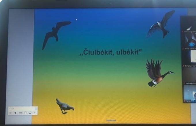 """""""Čiulbėkit – ulbėkit"""" – draugiškos varžytuvės apie paukščius Baublių  mokykloje"""